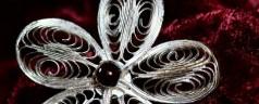 Wybierz biżuterię dla ukochanej – poradnik