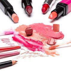 Najpopularniejsze produkty do makijażu ust
